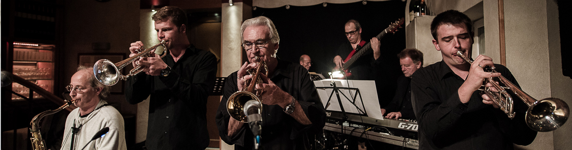 Klaus Heimanns Horns Unlimited Jazzkonzert Jazzclub Hamm e.V. Foto Steff Aperdannier